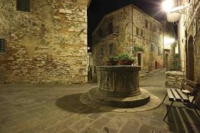 S. Casciano - centro storico notturno 3